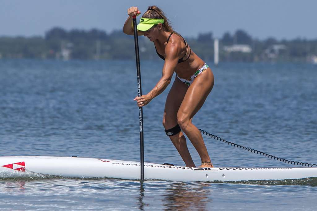 How To Use Your Paddle, Body Weight & Feet To Steer Your Standup Paddle Board