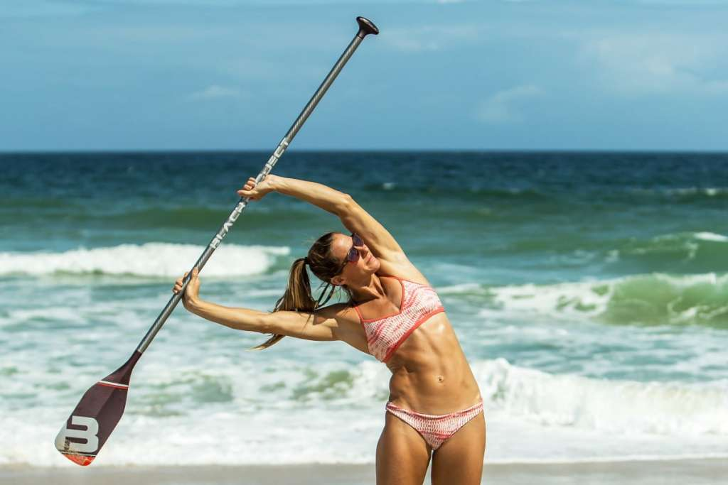 Five Effective SUP Stretches Made Better with a Paddle